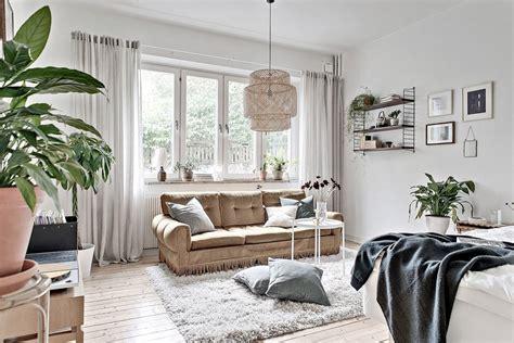 antique apartment decor small studio apartment with vintage details daily dream decor bloglovin