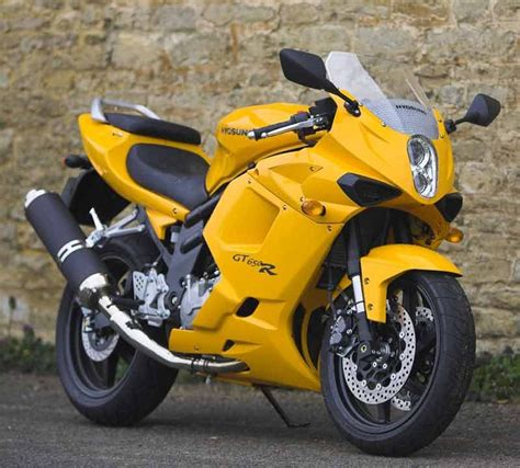 hyosung 650 gt hyosung gt650 comet 2004 on review specs prices mcn