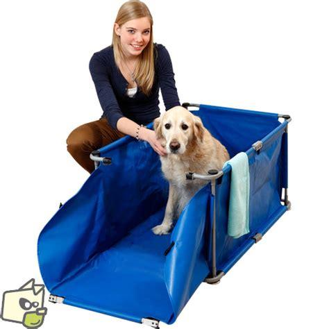 baignoire portative repliable pour la douche du chien