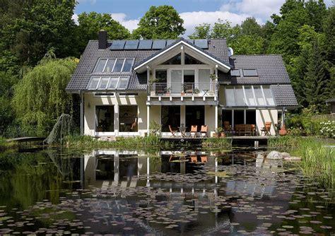 Energetisch Auf Dem Neuesten Stand  Haus & Garten