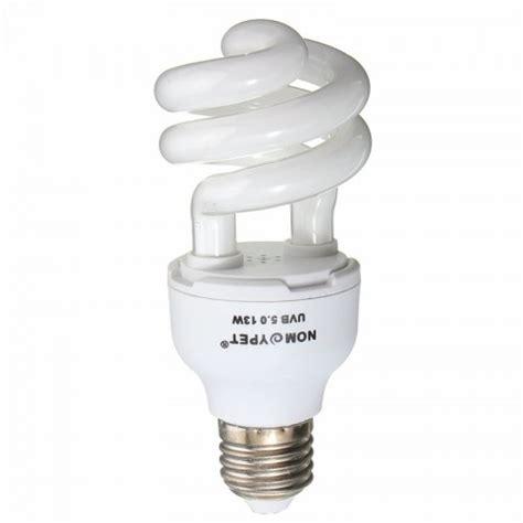 uvb light bulbs reptile 5 0 10 0 uvb 13w compact light fluorescent desert