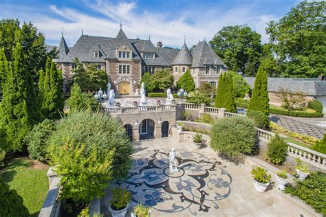 Gatsbyesque Mansion On Long Island Gets $15m Chopped Off