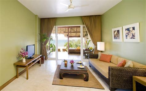Decorate Your Living Room With Light Green Walls Living