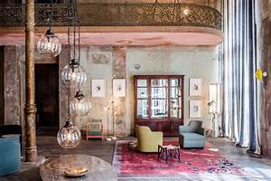 Interior Design Berlin : showcasing modern and antique furniture in a 19th century building in berlin ~ Markanthonyermac.com Haus und Dekorationen