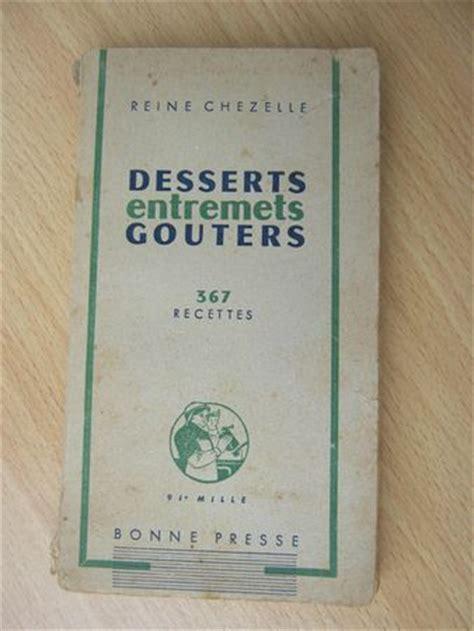 馗rire un livre de cuisine gâteau de miel aux amandes et vieux grimoire la cuisine de quat 39 sous