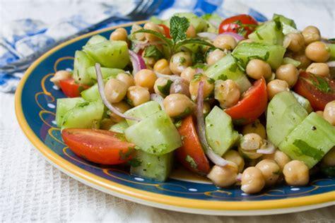 salade d été originale salade grecque originale ch 226 telaine