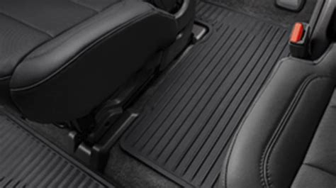 chevy traverse featured packages  skokie il