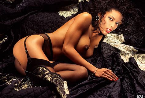 wallpaper renee tenison playboy playmate nude girl