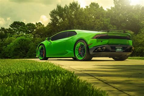 Green Lamborghini Huracan Hd Wallpaper Stylishhdwallpapers