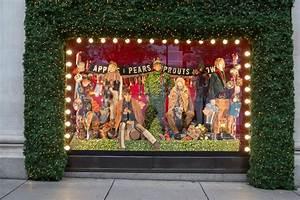Our favourite festive window displays | shop4pop.com