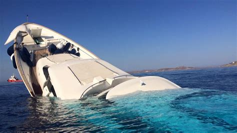 12 Million Are About To This Is What A 12 Million Yacht Looks Like Sinking