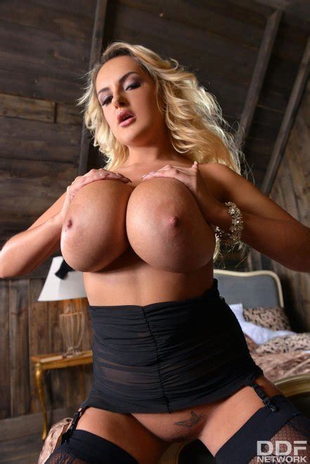 Katie Thornton Porn Photo EPORNER