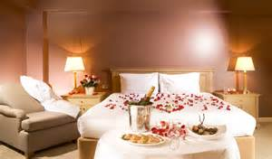 schlafzimmer ideen romantisch luxurious bedroom decorating ideas for valentines day antiquesl