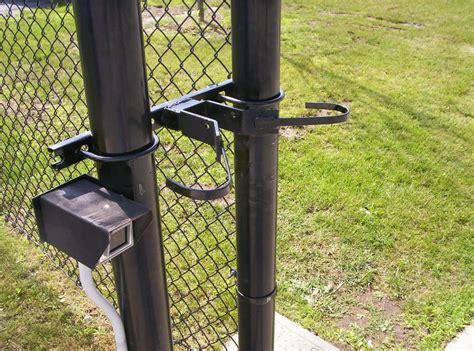 custom fabrication  hill fence