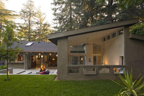 beautiful l shaped home designs la canada residence