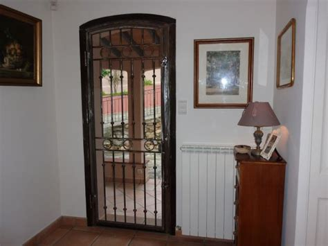 grille d a駻ation cuisine porte en fer porte en fer forg mod le louis xvi cr ation ms poirier porte en fer forg atelier epoque portes et grilles en fer forg