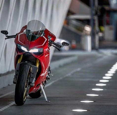 Ducati Panigale Hd Photo by New 21 Ducati Panigale R Hd Photos Wallpaper