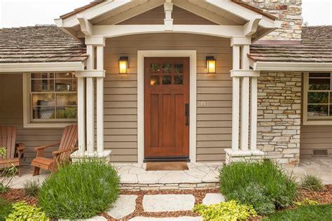 12 Beautiful Craftsman Front Door Designs