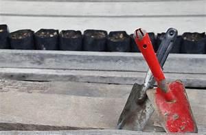 Vanghe Della Ruggine Sul Pavimento Di Legno Immagine Stock Immagine di sporcizia pala: 67075939