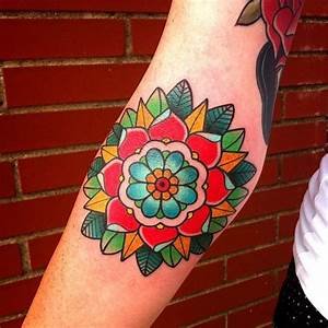 Tattoo flowers, Traditional and Tattoos and body art on ...