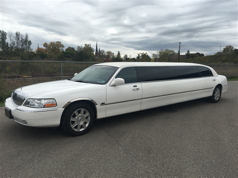 A Limo Service by Limo Service Brockville Kingston Ontario Howard Travel