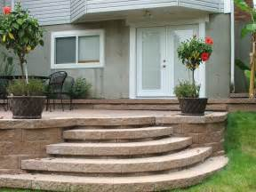 Curved Paver Patio with Steps