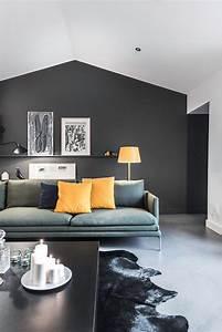 Home Salon Nantes : maison long re contemporaine de 180 m2 nantes black painted walls salons and yellow pillows ~ Louise-bijoux.com Idées de Décoration