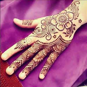 Latest Mehndi Designs