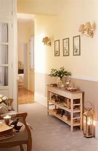 Wandbeläge Für Den Flur : den kleinen flur gestalten 25 stilvolle einrichtungsideen ~ Lizthompson.info Haus und Dekorationen