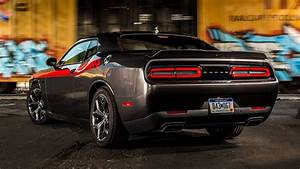 2015 Dodge Challenger R/T Classic - Wallpapers and HD