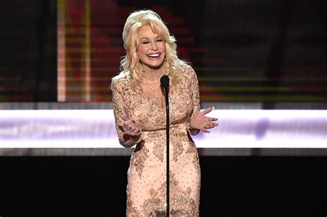 ♥ feel free to pull up a chair and take off your pants while you're at it. Dolly Parton Starts Her Day At 3 AM For a Smart Reason