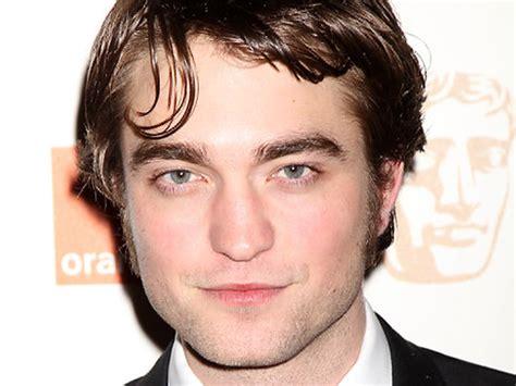 'Twilight' star Robert Pattinson reveals he was 'beaten up ...