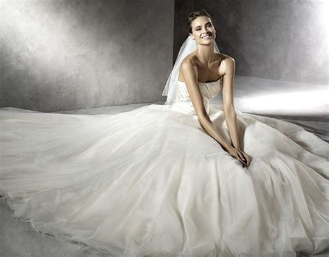 45 Best Pronovias Images On Pinterest