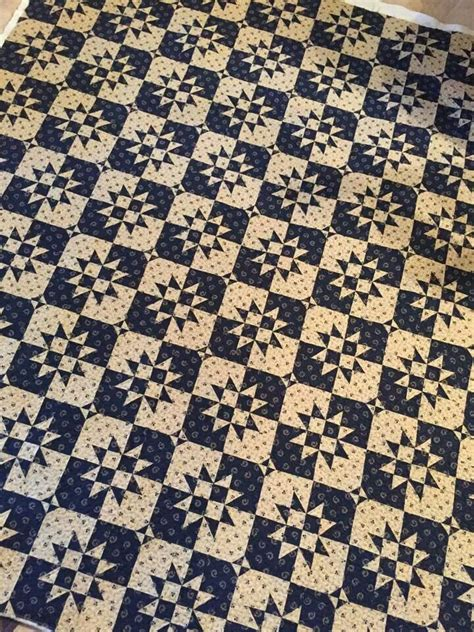 two color best 25 two color quilts ideas on half square