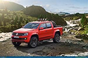 Pick Up Volkswagen Amarok : geneva 2012 volkswagen amarok canyon ~ Melissatoandfro.com Idées de Décoration