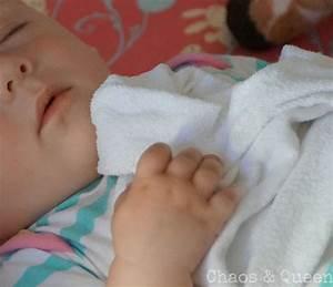 Baby Schläft Nicht Im Eigenen Bett : der schlaf der babys und der mythos um den abendbrei ~ Markanthonyermac.com Haus und Dekorationen