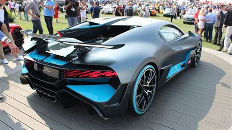 The 2019 Bugatti Divo Is The Chiron That Zigs