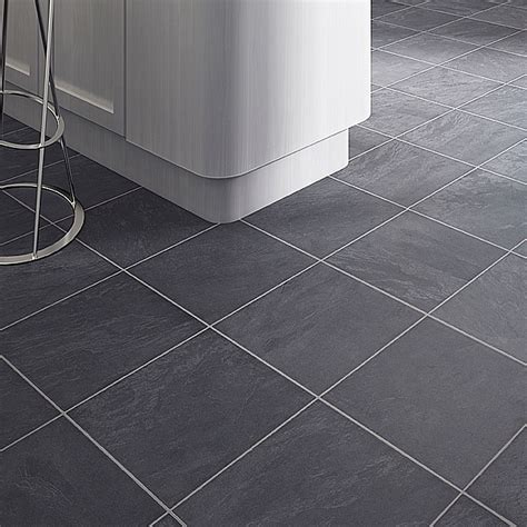 bathroom vinyl flooring b q leggiero silver blue slate effect laminate flooring 1 72 17081