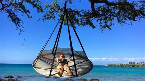 Flying Hammock by Flying Saucer Hanging Hammock Chair Dudeiwantthat