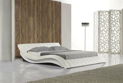 choisissez  lit en cuir pour bien meubler la chambre