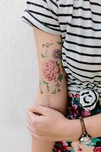 Tatouage Avant Bras Femme Fleur : 1001 id es de tatouage de fleur et quelle est sa signification ~ Farleysfitness.com Idées de Décoration