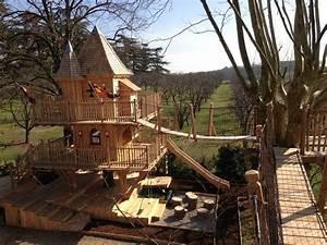 Constructeur Cabane Dans Les Arbres : cabane d 39 enfant des chevaliers nidperch constructeur de cabane ~ Dallasstarsshop.com Idées de Décoration