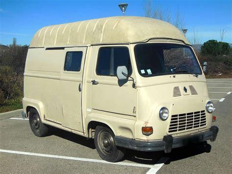 location véhicule déménagement louer une camionnette camionnette a louer a louer camionnette iveco basculante 3 c t s services