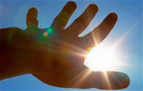 solutions for fluorescent light sensitivity light sensitivity photophobia causes symptoms and