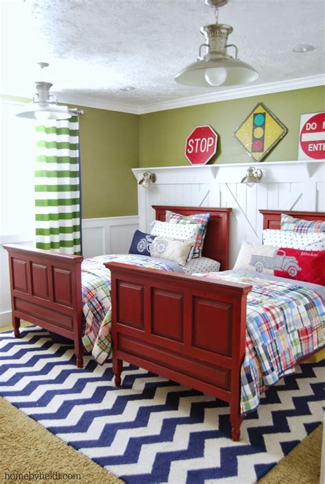 But to achieve this dream must be choosing the boys room paint ideas and decoration carefully, and suitable for their tastes constantly. Home By Heidi: Boys Room