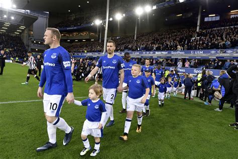 Club news everton supporters' clubs launch north america all star awards external link; Everton FC Mascot Packages Available - Toffee TV