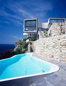 Spectacular Residence on a Cliff Edge Inspired by a ...