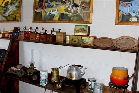 ustensiles de cuisine anciens atelier musée des mécaniques anciennes