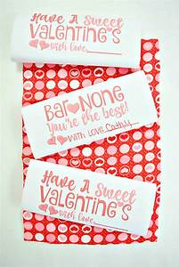 Valentine's Day Candy Bar Wrappers - Three Kids and a Fish
