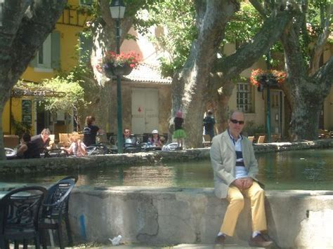 outside la maison cucuron picture of la maison de cucuron cucuron tripadvisor